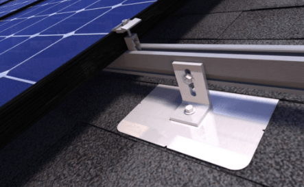 Loose-Tightened-clamps-solar-system-installation